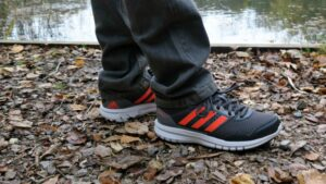 get the label Adidas trainers