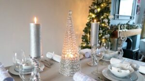 White and Silver Christmas table