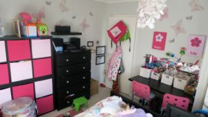 twins girls bedroom before