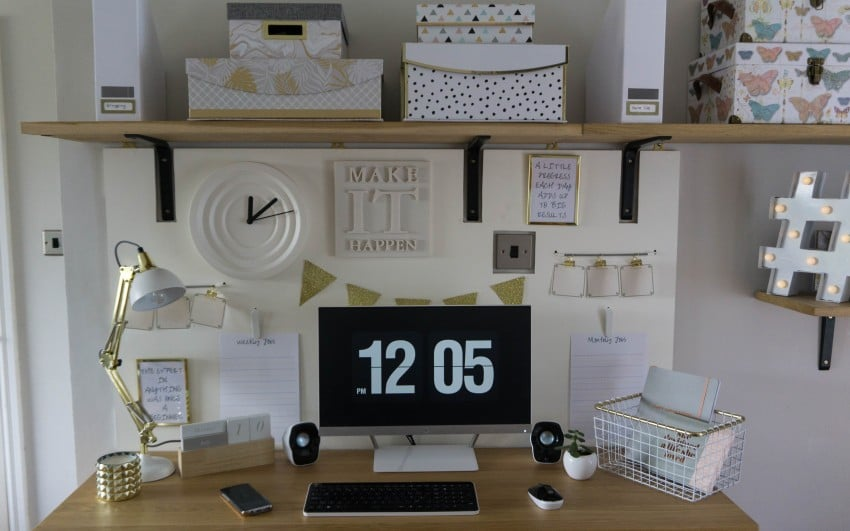 How To Make A Gold And White Home Office Noticeboard